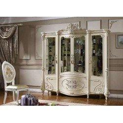 Белая четырехдверная витрина с золотом в стиле барокко Савонна
