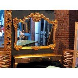 Широкое большое зеркало в золотой раме 172