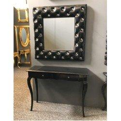 Черная консоль с квадратным зеркалом в стиле капитоне и стразами 46