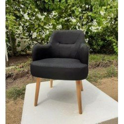 Мягкое черное кресло с узором ( вышивкой на спинке), Румыния
