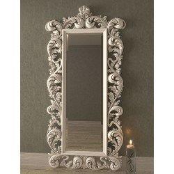 Большое напольное зеркало в резной раме 044