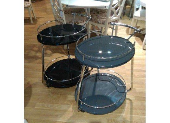 Сервировочный столик в стиле модерн