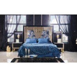 Черная кровать с тумбочками и золотой отделкой Мун (MOON)