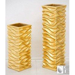 Квадратная напольная ваза в рисунком Волна в золотом цвете