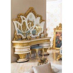 Резной деревянный туалетный столик София
