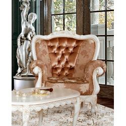 Мягкое румынское кресло Флора
