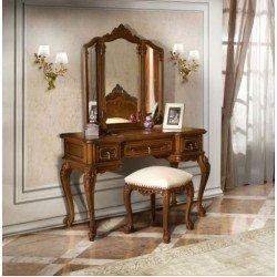 Классический резной туалетный столик в спальню Клеопатра Румыния