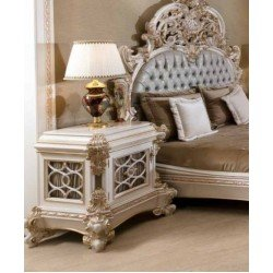 Белая прикроватная тумбочка в стиле барокко в спальню Пера