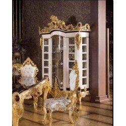 Белая витрина с золотыми коронами Стар